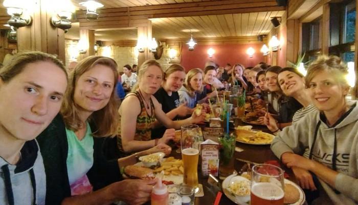 Abendessen Damen
